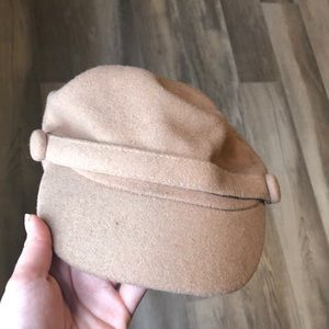 Urban outfitters beige fisherman cap